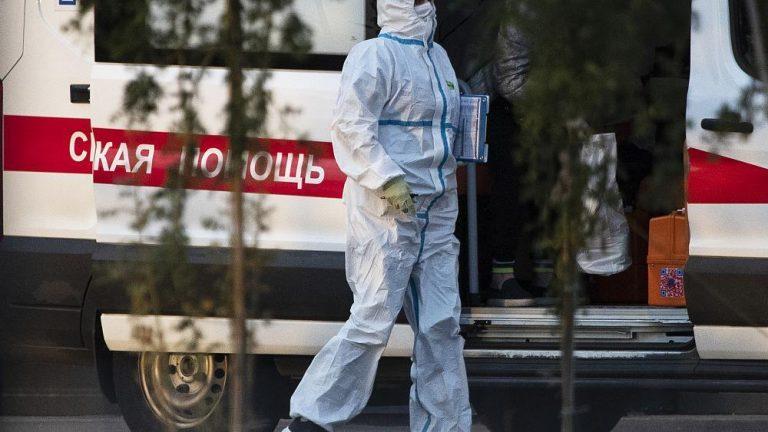 Чрезвычайное заражение: Россия бьёт антирекорды по количеству заболевших и умерших