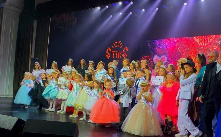 «Красота спасёт мир»: восьмилетняя клинчанка получила титул «Юная Топ Модель России 2020»