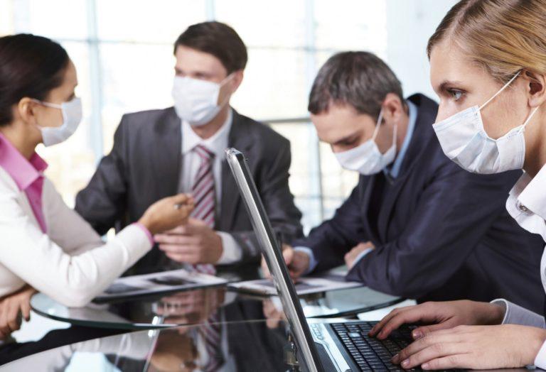 Предложение следует: бизнес предпринимает попытки избежать нового локдауна