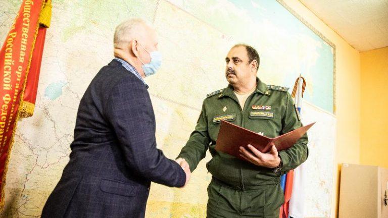 В Солнечногорске сыну ветерана ВОВ передали награду погибшего отца