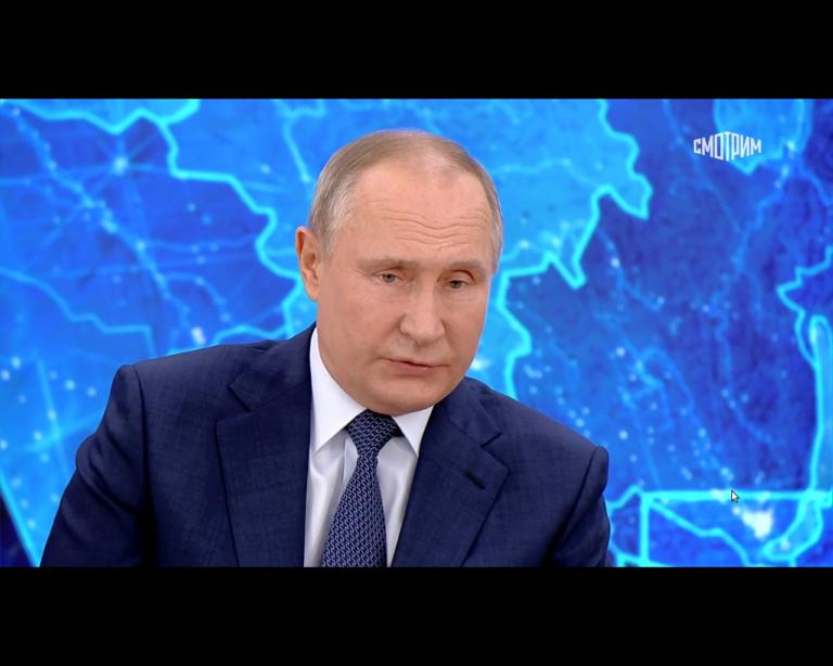 Путин до сих пор не сделал прививку от коронавируса