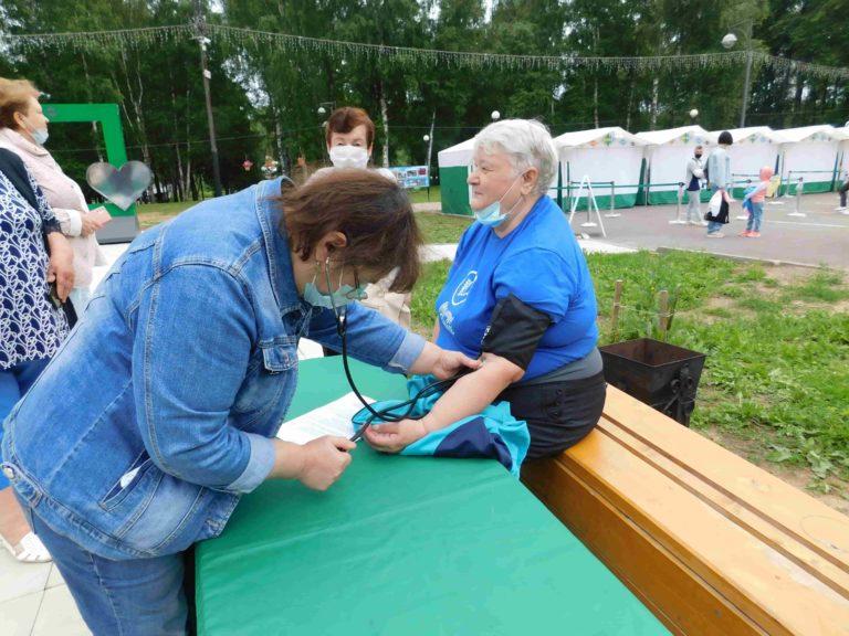 Елена Чинкова: «Прививаться надо всем»