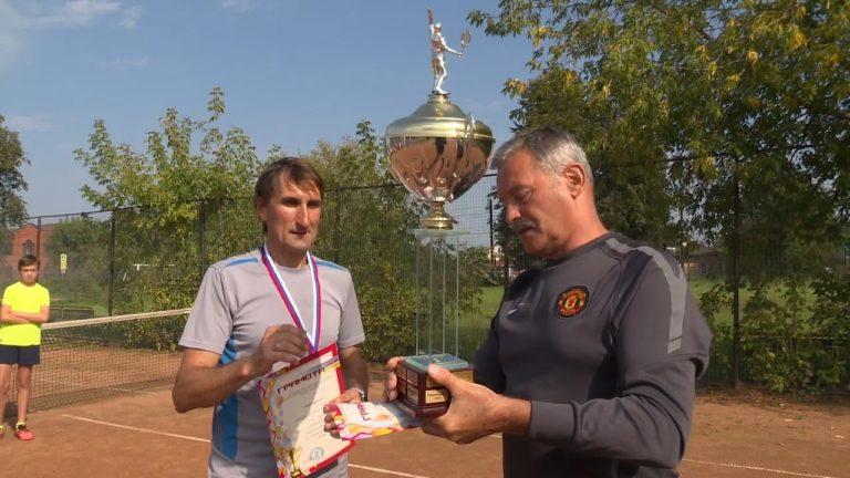 Теннис. Маников – чемпион!